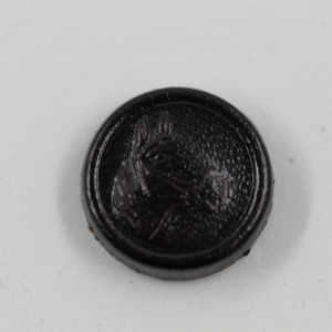 black-stamped-leather-horses-head-shanked-button_5357_sq