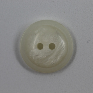 cream-2-hole-pearlised-slightly-domed-button_5458_sq