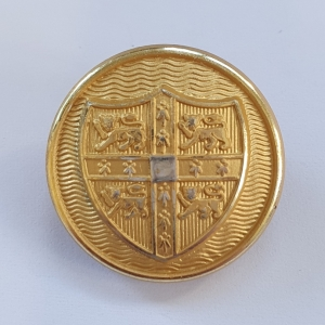 gold-cambridge-university-blazer-button-with-curved-shield_6091_sq