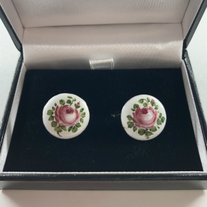 hand-painted-rose-design-19th-century-button-handmade-earrings_4935_sq