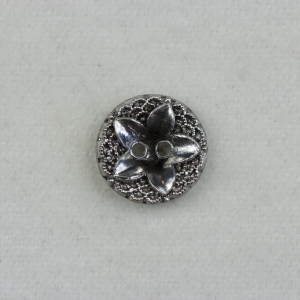 silver-2-hole-flower-design-glass-metallic-button_2386_sq