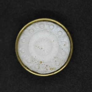 white-1900s-vintage-moulded-glass-mounted-in-brass-button_4624_sq