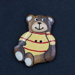 wooden-2-hole-painted-teddy-bear-button_4102_sq